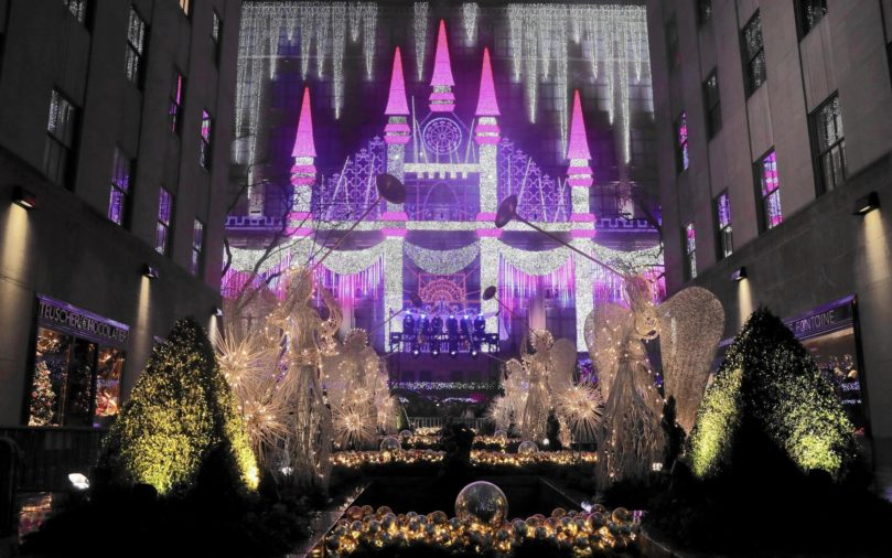 Saks Fifth Avenue Magic