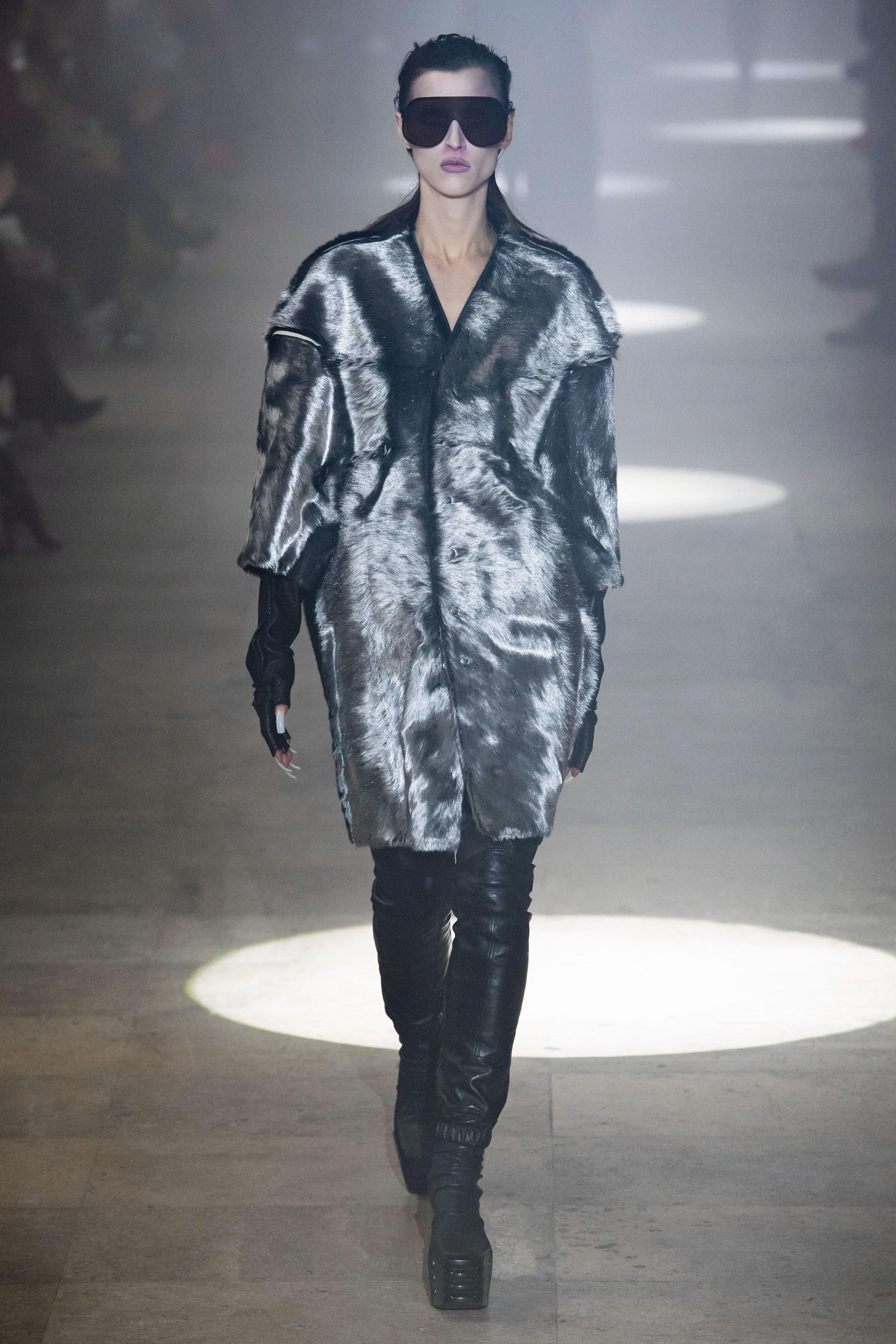 AP-Fashion_The_Advance_Designers_@Saks